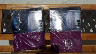 Juego de cortinas confeccionada color lila