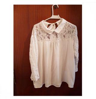 blusa blanca con encaje perfecta