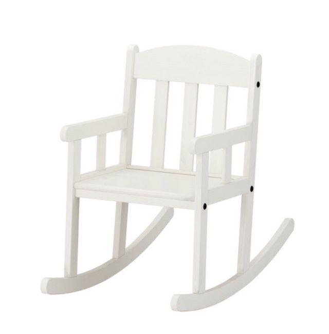 Mecedora infantil blanca IKEA
