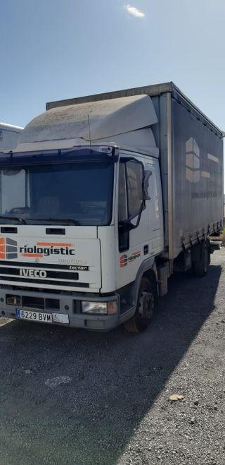 Camión Plataforma Iveco.