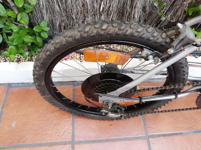 bicicleta para niño (HUFFY MAKO5)