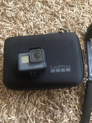 GoPro Hero5 Black + accesorios