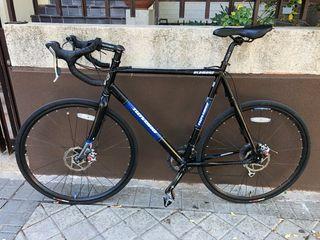 Bicicleta Gravel/ ciclocross
