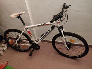 """Bicicleta de montaña seminueva 26"""""""
