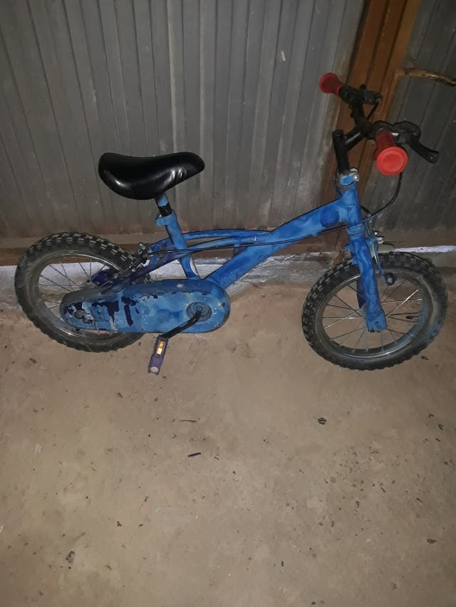 vendo bicicleta para niño 4 a 5 años