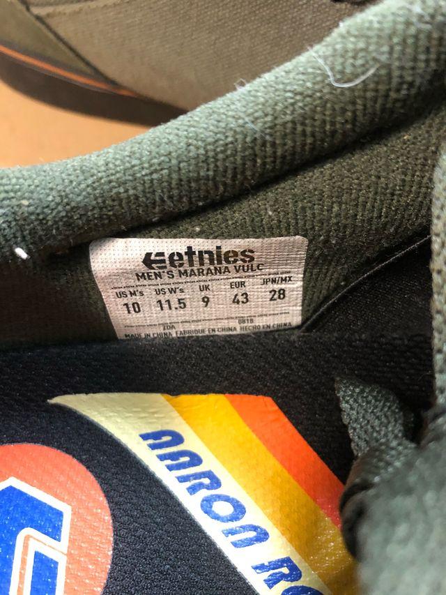 Zapatillas Etines