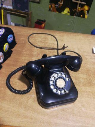 Antiguo teléfono de baquelita negro auténtico