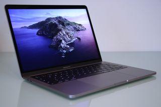 MacBook Pro TouchBar 2016 *(Como Nuevo)