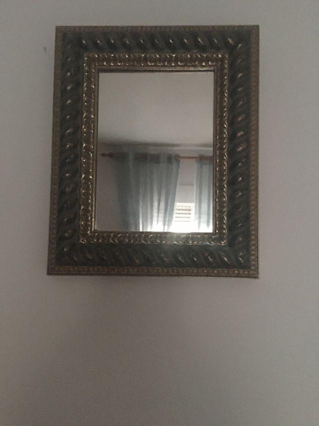 Cuadro espejo antiguo