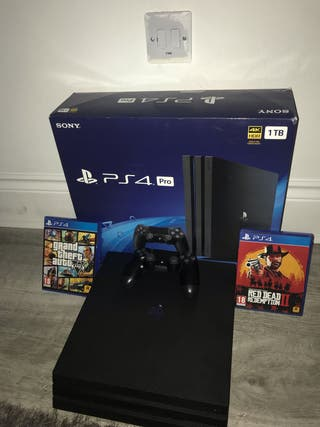 PS4 WITH GTA5 and RED DEAD 2