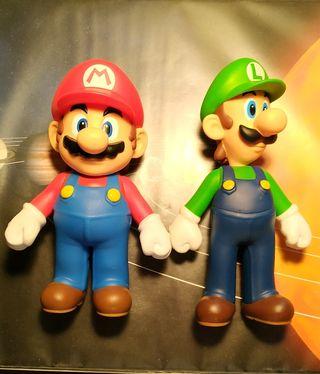 Muñecos Mario bros y Luigi