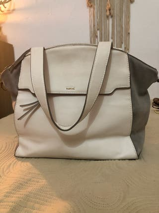 Bolso blanco y gris
