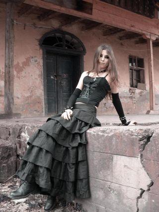 Falda gótica victoriana