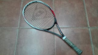 Raqueta de tenis Dunlop y funda.