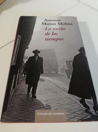 libro LA NOCHE DE LOS TIEMPOS