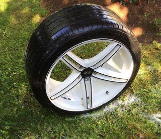 Llantas 19 pulgadas con 4 neumáticos