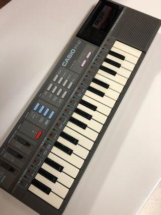 Teclado órgano Casio PT 87