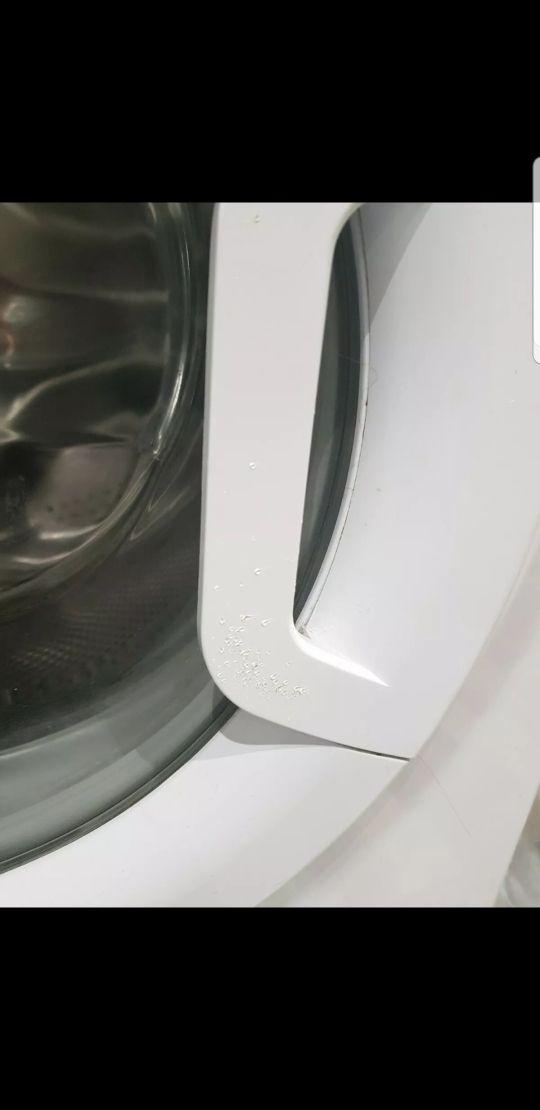 Hotpoint washing machine 9kg A+++ (Repair required