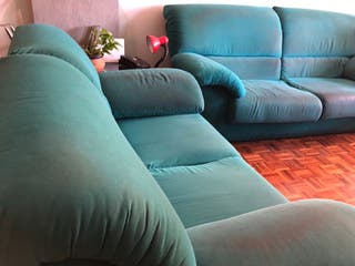 Sofá de 2 plazas verde turquesa