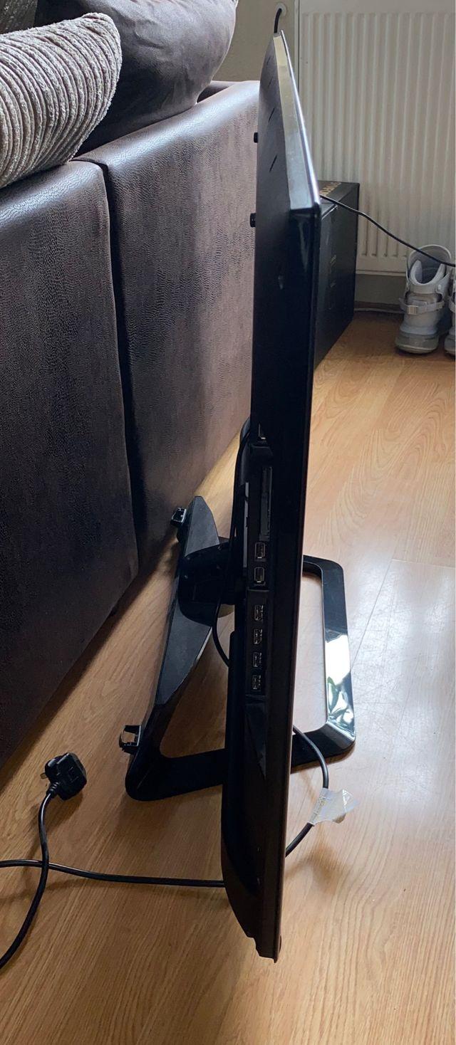 """LG 47"""" Smart LED TV"""