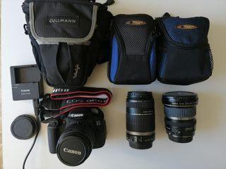 Cámara Canon EOS 700D en caja original (car