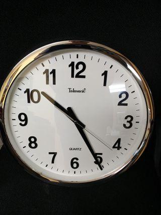 Reloj de pared grande , 40 cm , nuevo