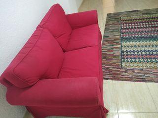 Sofá Ikea de 2 plazas rojo