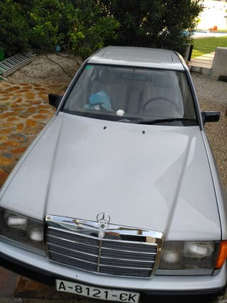 Mercedes-Benz E clase 1986