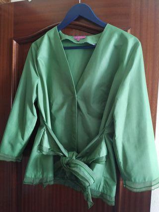 Conjunto 3 piezas ( chaqueta, falda, corpiño)