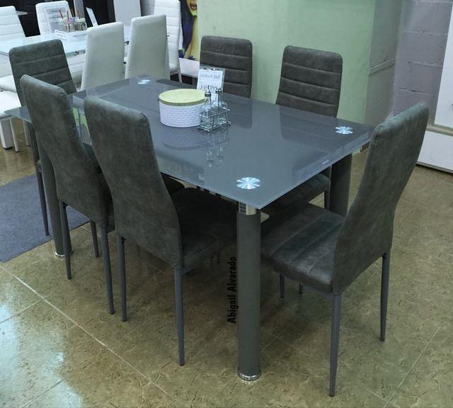 Mesa con 6 sillas [AVATAR]