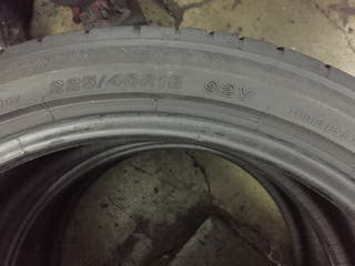 Neumático 225/40R18 Bridgestone