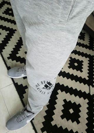 Pantalón chándal Adidas nuevo