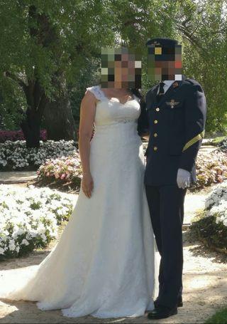 vestido de novia jaleb white one