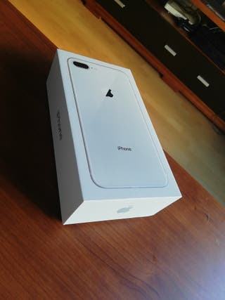 iPhone 8 64GB Plus plata