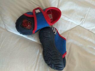 Zapatillas de bebé.