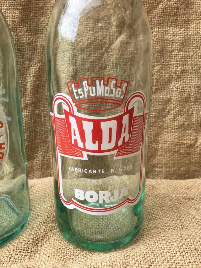 2 botellas gaseosa antiguas