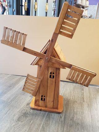 Molino de madera