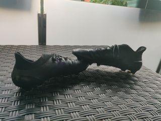 botas de fútbol Adidas x negras