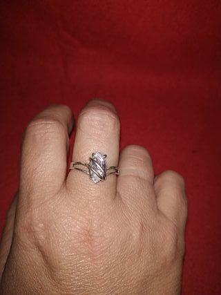 magnífico anillo circonita solitaria años 80