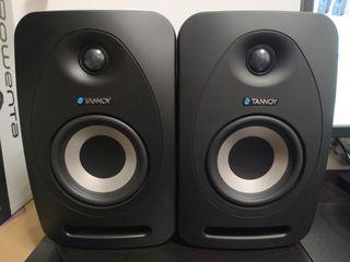 Monitores de estudio Tannoy Reveal 402