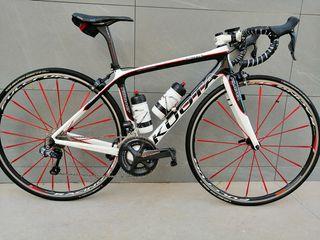 Bicicleta de carretera de carbono con Di2 talla 50