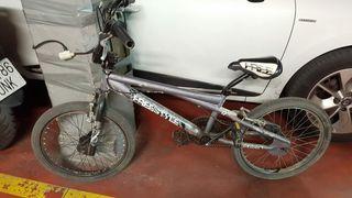 BICICLETA BMX TIJUANA FREESTYLE