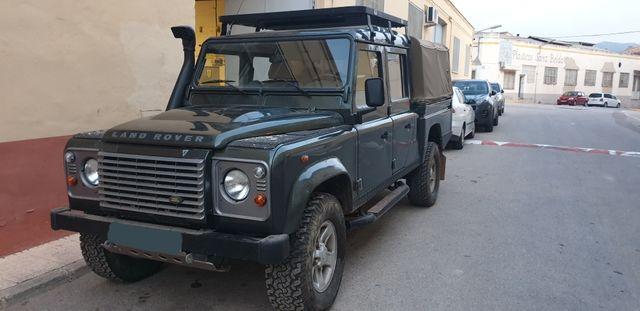 Land Rover Defender 2010
