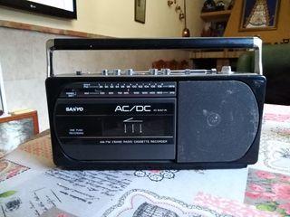 Radio Cassette Sanyo.