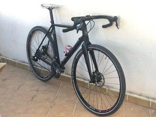 Bicicleta gravel ciclocross octane-one