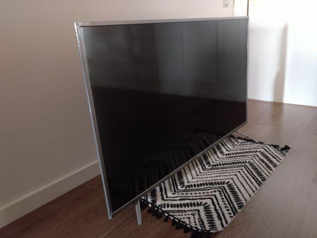 """SMART TV THOMSON de 55"""" nueva."""