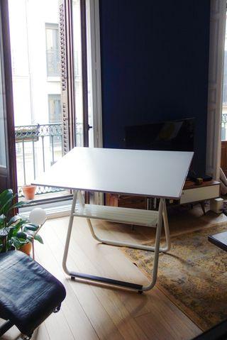 Mesa de dibujo técnico. Arquitectura