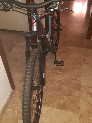 Bicicleta MTB MOMA GTT29