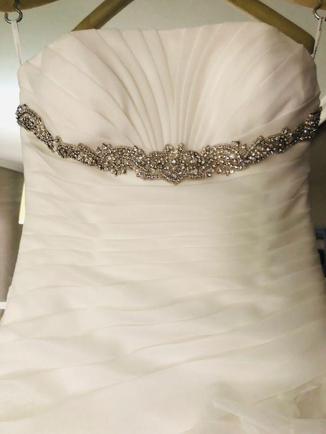 Vestido de novia talla 36 de segunda mano por 200 € en