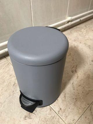 Papelera lavabo